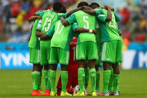 La FIFA suspend le Nigeria pour ingérence