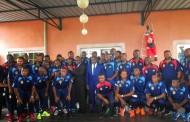 Joseph Kabilaen visite chez les léopards