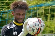 Belgique : Nkela prolonge une saison à Beerschot