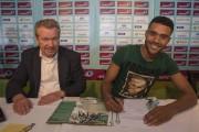 Transfert :  Abel Tamata a signé !