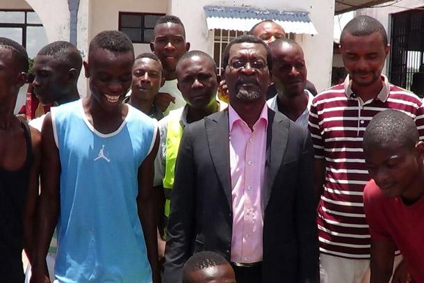 Sanga Balende : un entraîneur camerounais en renfort