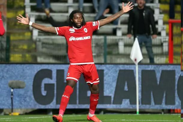 Belgique : 8e but de la saison pour Dieumerci Mbokani