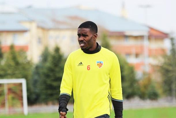 Transfert : Larrys Mabiala rejoint la MLS et les Portland Timbers